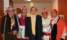 Pippo Baudo abbraccia la Zeza di Mercogliano nel 2011